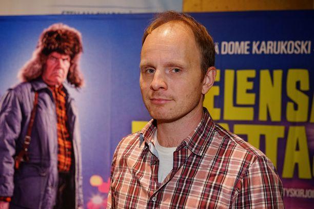 Antti Litja laittoi Dome Karukosken tiukkoihin rahaneuvotteluihin.