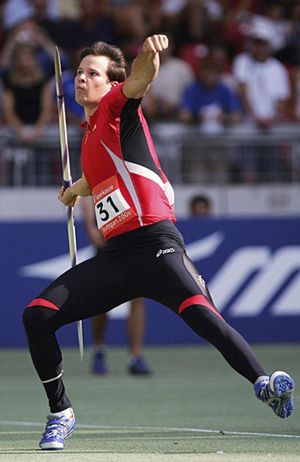 Tero Pitkämäki jäi lopulta reilun metrin Andreas Thorkildsenista Stuttgartin kovatasoisessa kisassa.