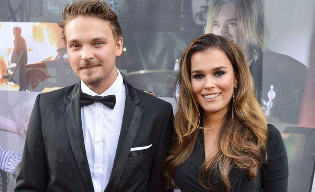 Roope Salminen ja Sara Sieppi seurustelivat kolme vuotta.