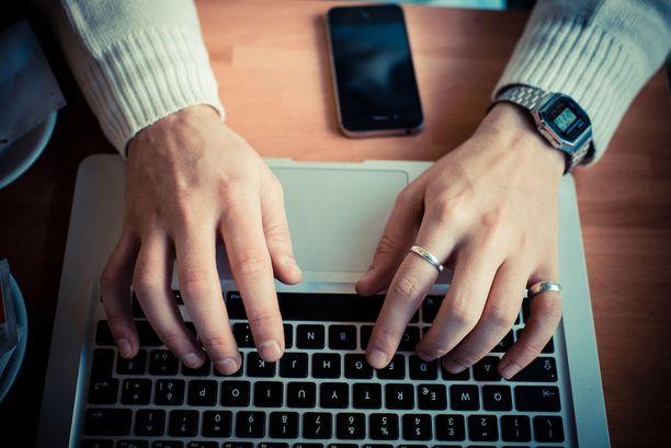 Internetsivustot sisälsivät tutkimuksen mukaan epärelevanttia asiaa mielenterveydestä. Valtaosa videoista oli harhaanjohtavia, osa jopa leimaavia.