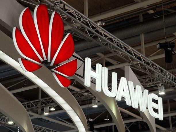 Kiinalaisen teknologiajätin Huawein on jo pitkään epäilty toimivan yhteistyössä vakoiluasioissa Kiinan hallituksen kanssa.