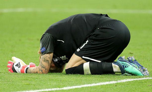 Loris Kariuksen järkyttävät virheet koituivat Liverpoolin kohtaloksi.