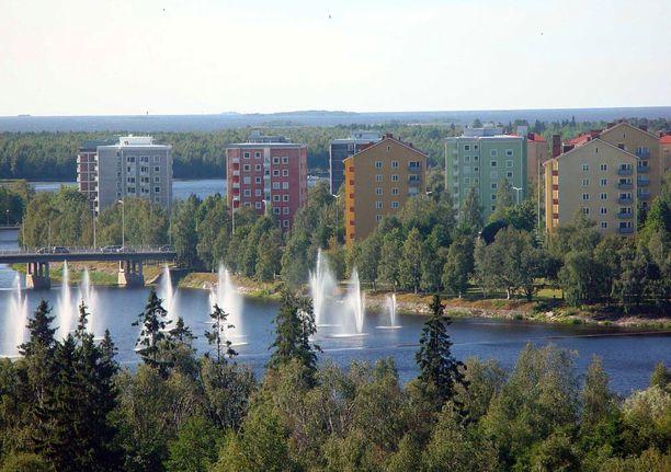 Viimeinen havainto Riitta Kokkoniemestä on Oulun Tuiran kaupunginosasta. Poliisi etsi häntä heti katoamisilmoituksen saatuaan Tuirasta ja sen lähialueilta.
