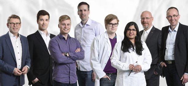 Oululaisen Goodwillerin perustajissa on kaksi entistä Nokian insinööriä. Yhtiön tiimiin kuuluvat nykyään Kari Haapakorva (vas.), Jani Mäkelä, Juho Veteläinen, Teemu Mäkiniemi, Aleksi Kemppainen, Prathusha Dhavala, Petteri Närä ja Petri Särkelä.