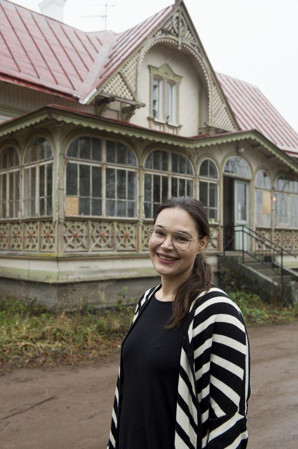 Anna Mariasik toteutti unelmansa. Hän ehti koko ikänsä haaveilla vanhasta talosta.