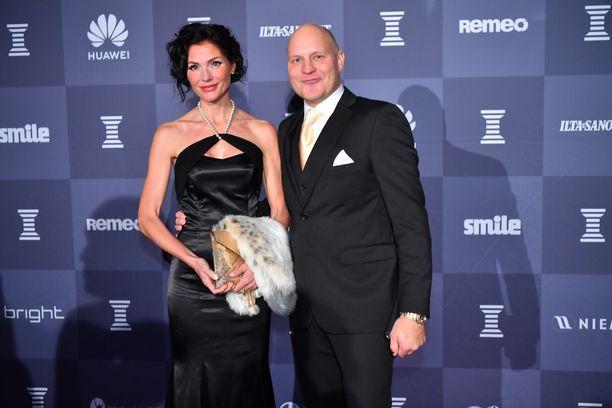 Riina-Maija ja Kalle Palander pääsivät Urheilugaalaan, vaikka kutsua ei meinannut kuulua.