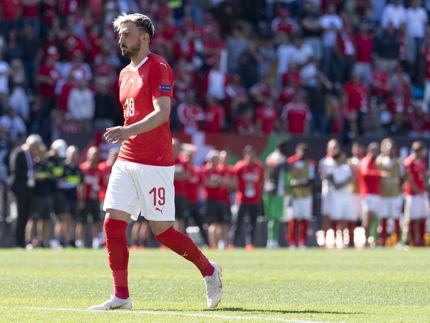 Sveitsin maajoukkuehyökkääjä Josip Drmic siirtyy Norwich Cityyn.