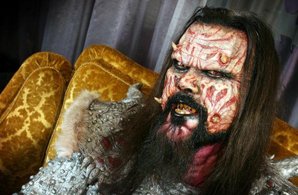 Mr. Lordi eli Tomi Putaansuu avaa Lordi-aiheisen ravintolan Rovaniemelle.
