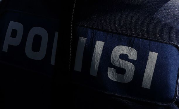 Poliisi joutui vaaralliseen takaa-ajoon Turunväylällä. Kuvituskuva.
