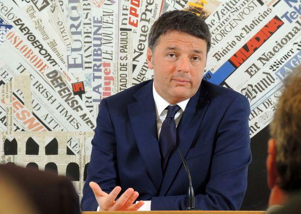 Italian demokraattisen puolueen johtaja Matteo Renzi erosi pääministerin tehtävistä vuoden 2016 kansanäänestyksen jälkeen. Kansa ei lämmennyt Renzin perustuslakiuudistukselle.