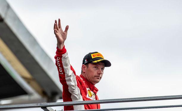 Kimi Räikkönen sanoo Ferrarille heipat tämän kauden jälkeen.