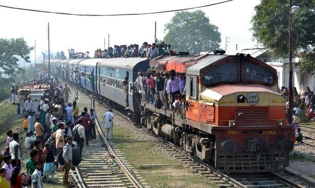 Intian tapaus on tuorein sarjassa onnettomuuksia, joissa ihmiset ovat menettäneet henkensä ottaessaan valokuvia itsestään.