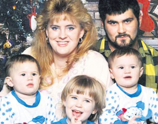 Palossa kuolivat Willinghamin kolme tytärtä.
