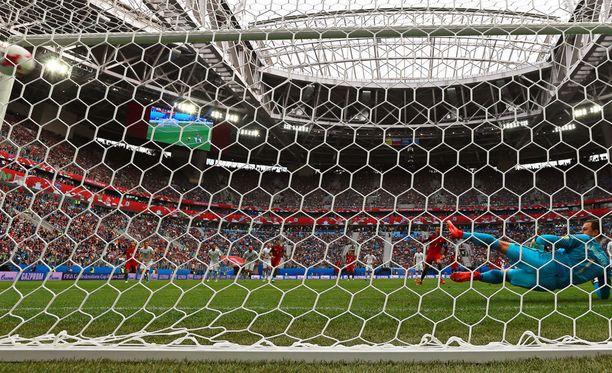 Cristiano Ronaldo laukoi Portugalin voittomaalin Uutta-Seelantia vastaan pilkulta.