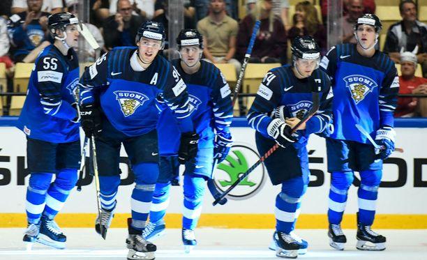Suomi hakee kolmatta peräkkäistä MM-välieräpaikkaa.