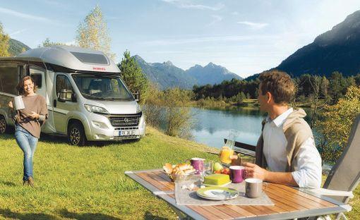 Karavaanarin elämässä parasta on usein matkustaminen yhdessä läheisten kanssa sekä muihin karavaanareihin tutustuminen.