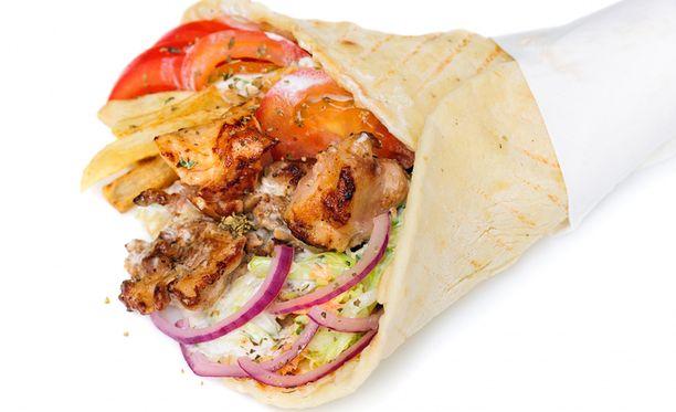 Suuri osa kebabrullasta ruokamyrkytyksen saaneista on opiskelijoita.