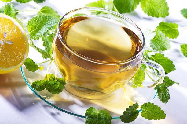 Jos et vielä ole kokeillut vihreää teetä, nyt kannattaa.