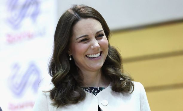 Herttuatar Catherine kuvattiin hyväntuulisena viimeisenä edustuspäivänään.