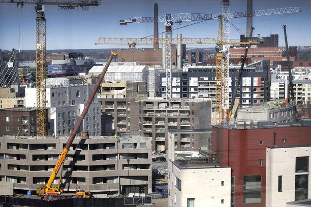 Uusia asuntoja nousee Helsingin Jätkäsaareen. Kuva vuodelta 2016.