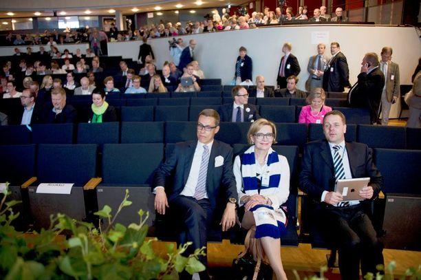 Kokoomuksen puheenjohtajaehdokkaat Lahdessa kesällä 2014: Stubb, Risikko ja Vapaavuori.