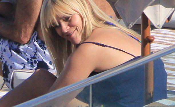 Reese näytti onnelliselta ja levänneeltä lomalla Rio de Janeirossa.