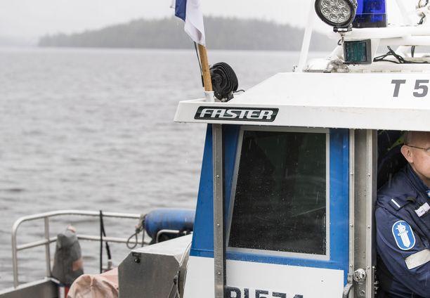 Kadonnutta veneilijää etsittiin perjantaina suuroperaatiossa Savonlinnassa. Kuvituskuva.