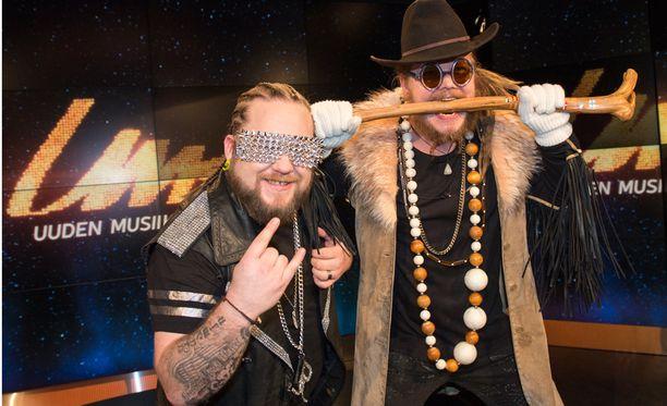 Pää-Äijät -bändi on laittanut pillit pussiin.