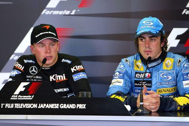 McLaren-kaudet toivat kaksi MM-sarjan kakkossijaa. Kaudella 2005 Fernando Alonso vei maailmanmestaruuden 21 pisteen erolla.