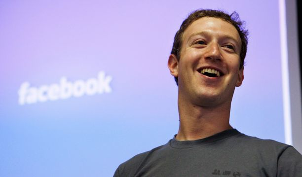Mark Zuckerbergin johtama Facebook myöntää isojen mediatalojen kanssa tehdyn sopimuksen uutisten nopeasta syöttämisestä.