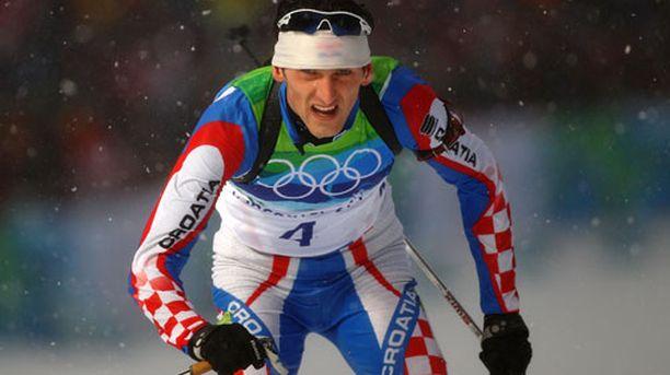 Jakov Fak otti pronssia Vancouverin olympialaisten sprintissä.