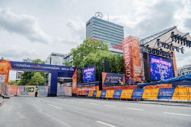 EM-maratonin lähtö- ja maalialue on keisari Wilhelmin kirkon edustalla.