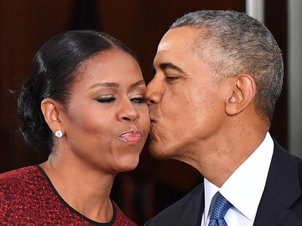 Yhdysvaltain entinen presidentti Barack Obama ja Michelle Obama ovat olleet naimisissa 26 vuotta.