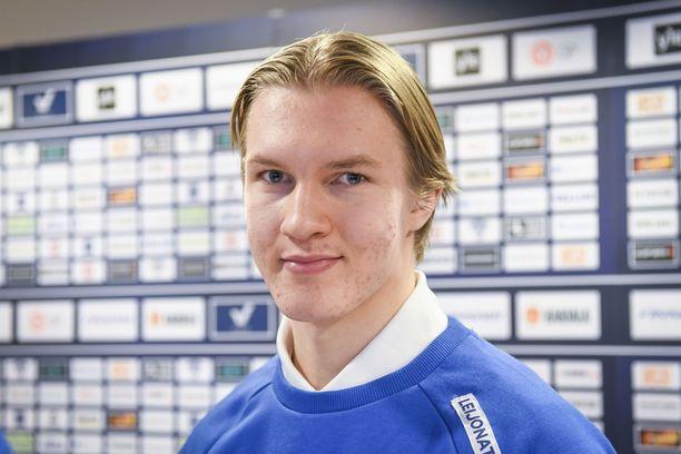 Anton Lundell johtaa Suomen kivikovaa ykkösviisikkoa.