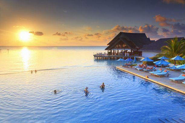 Ananthara Digu Resortin uima-allas Malediiveilla.