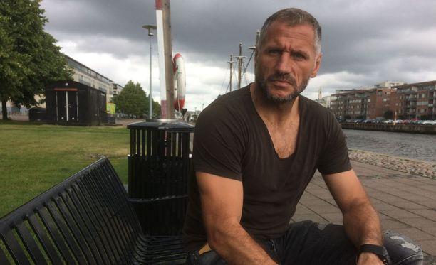 Shefki Kuqi sai eilen potkut Interistä.