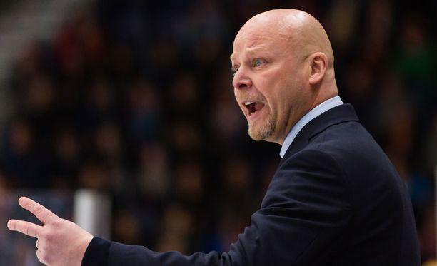 JYPin päävalmentaja Marko Virtanen sai vuoden jatkosopimuksen.
