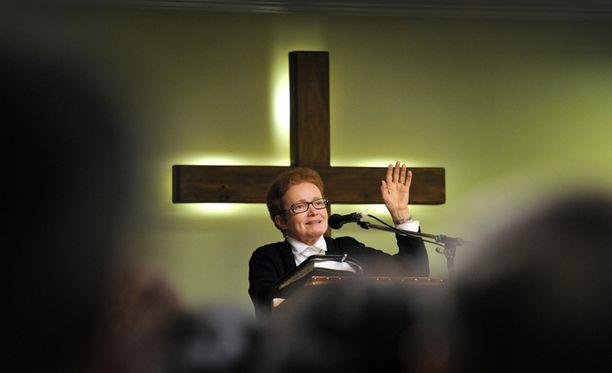 Vuonna 2013 Pirkko Jalovaara sai puhua täpötäydelle salille Porissa. Tilaisuudessa Jalovaara pyysi Pyhää Henkeä vapauttamaan ihmiset sairauksista.