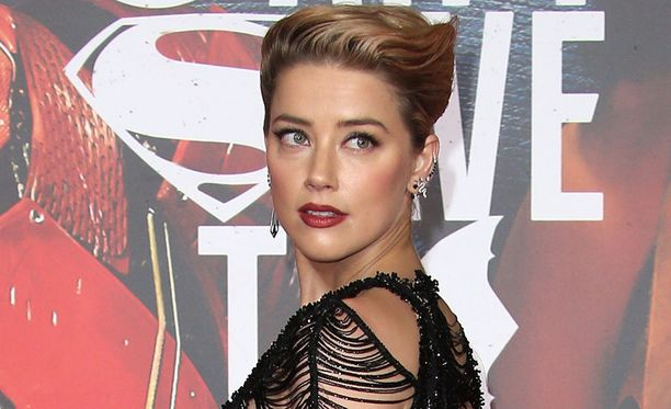 Amber Heard avioitui vuonna 2015 Johnny Deppin kanssa. Suhde oli alusta asti myrskyisä.