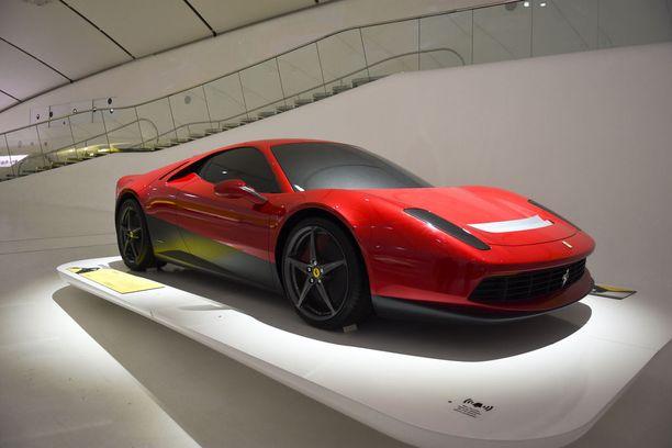 Eric Claptonin Ferrari SP12 EC