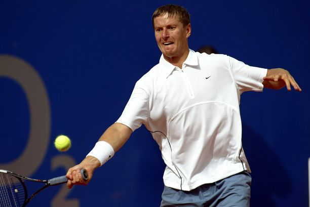 Jevgeni Kafelnikov voitti urallaan palkintorahoja lähes 24 miljoonaa dollaria.