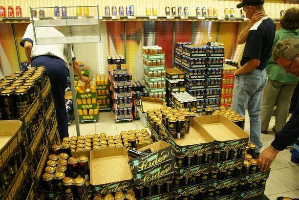 Mallia naapurista? Ruotsissa alkoholikuolemat vähenivät suomalaisen tutkimusryhmän mukaan alkoholiuudistusta seuranneen vuosikymmenen aikana yli 20 prosentilla.