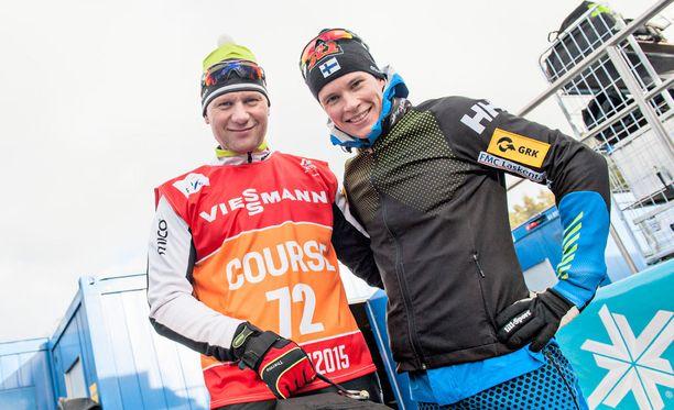 Toni Roposen (vas.) ja Matti Heikkisen valmennussuhde on poikinut MM-kultaa ja MM-pronssia.