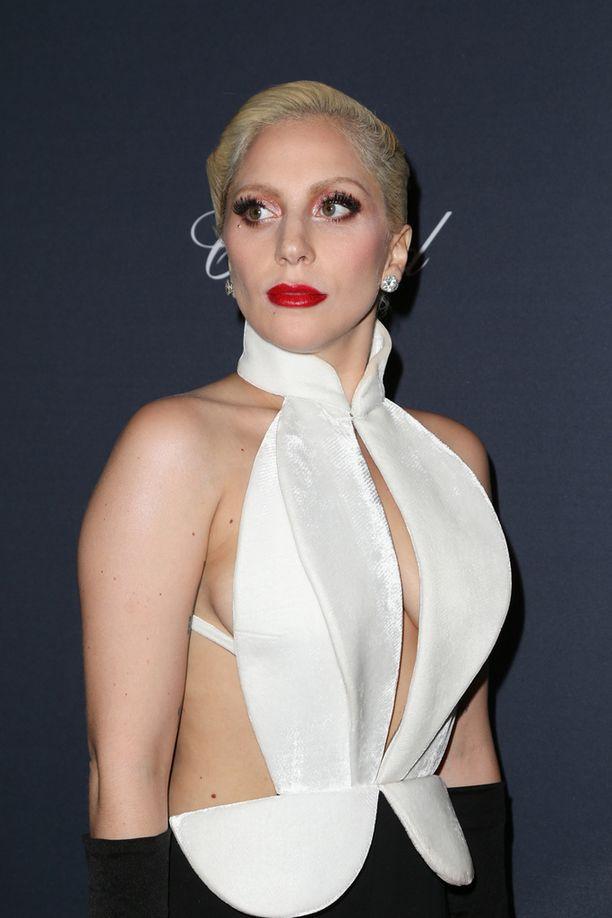 Lady Gagan asun kaula-aukko oli varsin antava.