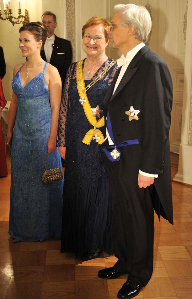 Halonen käytti samaa pukua prinsessa Victorian ja prinssi Danielin häissä.