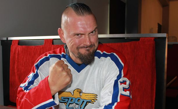 Vesku Jokinen on kova Sport-fani.