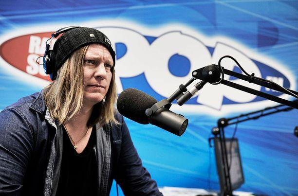 Jaajo on valittu viidesti Suomen suosituimmaksi radiojuontajaksi.