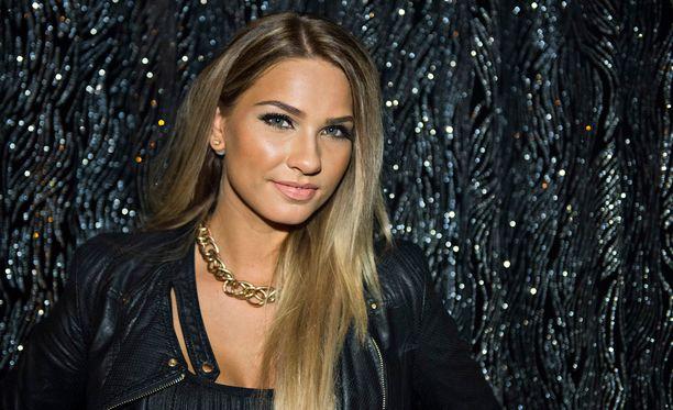 Rosa-Maria Ryyti on Miss Suomi 2015.