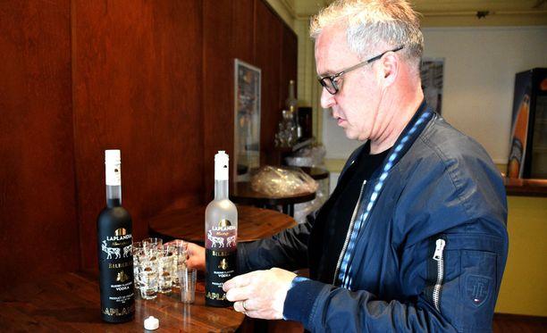 Ilpo Sulkalan mielestä yhtiöllä on maailman paras vodkasarja.