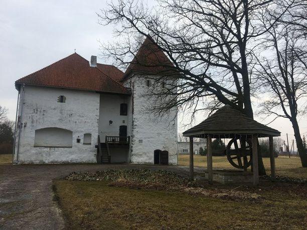 Purtsen linnan mailla toimii samanniminen käsityöoluita tuottava panimo.